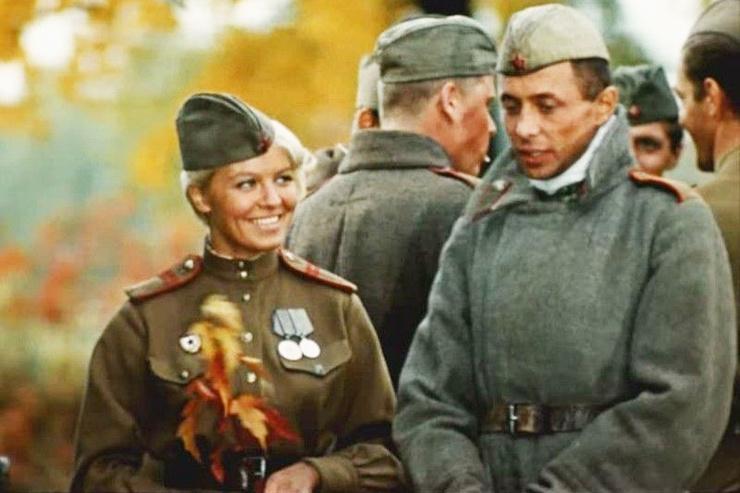 «Булат был очень доволен, говорил: «Мою роль ты не угадал, а девушка — точная фронтовичка», — отмечал Мотыль