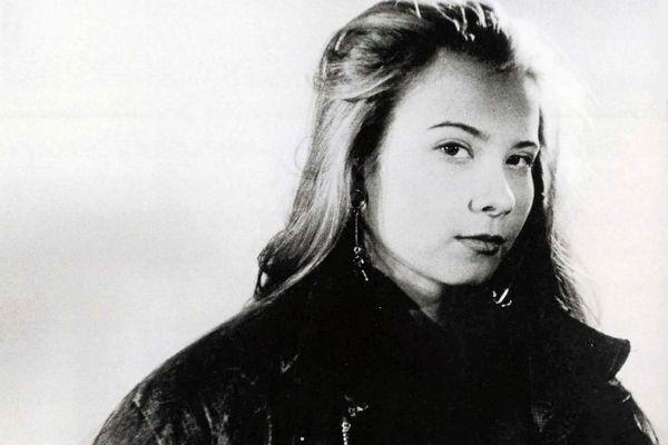 Высоцкая с детства знала, что будет актрисой. Фото сделано специально для кинопроб в Белоруссии в начале 1990-х