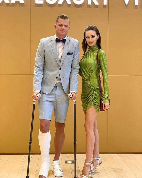 Дмитрий Тарасов и Анастасия Костенко на снимке годичной давности