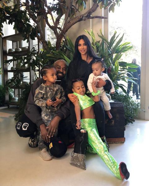 Ким и Канье — многодетные родители
