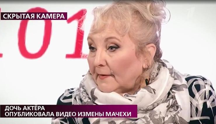 Избранница актера уверена, что ее хотят выжить из квартиры