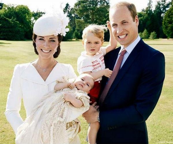 Новости: Принцу Георгу исполнилось два года – фото №3