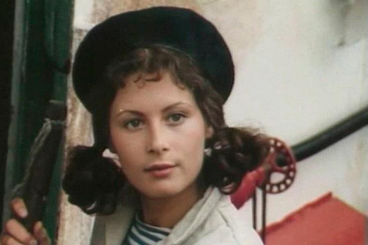 В картине Тонунц сыграла матроса Галю