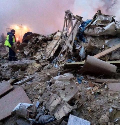 Спасательные работы продолжаются в поселке «Авиатор»