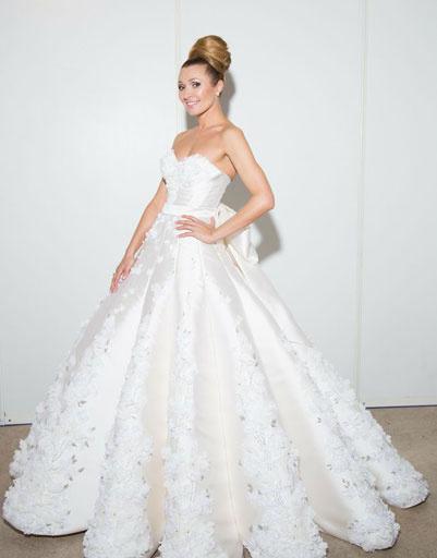 Анжелика Агурбаш примерила свадебное платье   StarHit.ru