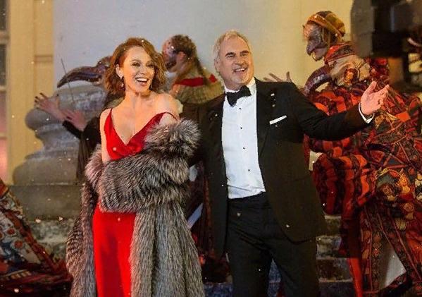 Джанабаева и Меладзе на новогоднем концерте на Первом канале