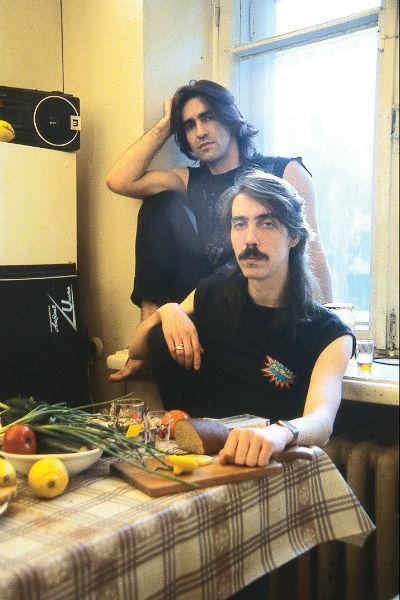 Бутусов с сооснователем группы «Наутилус Помпилиус», музыкантом Дмитрием Умецким, 1996 год