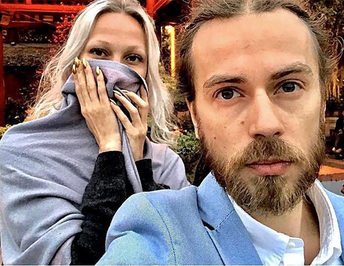 Децл и Юлия