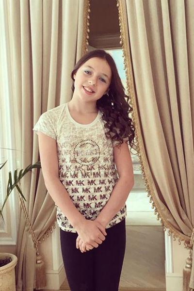 Дочь Анастасии Волочковой Ариша закончила начальную школу