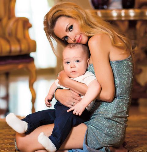 Милана Кержакова и ее сын