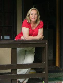 Галина Павловна на своей даче близ Истры