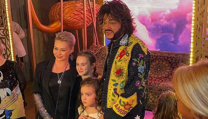 Филипп Киркоров потратил миллион на день рождения дочери в восточном стиле
