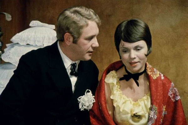 Вместе с Леонидом Куравлевым в роли мужа и жены