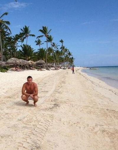 Антон Гусев на пляже