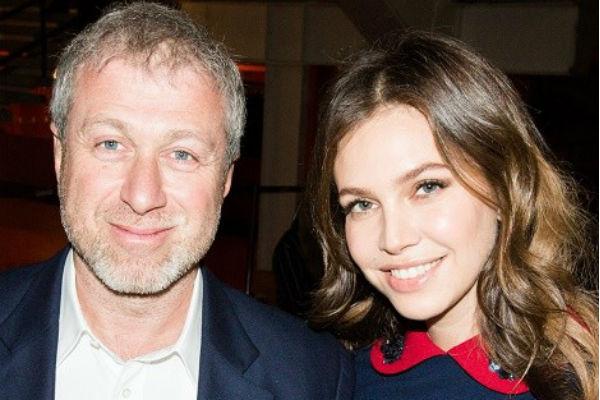 Роман и Дарья даже после развода поддерживают дружеские отношения
