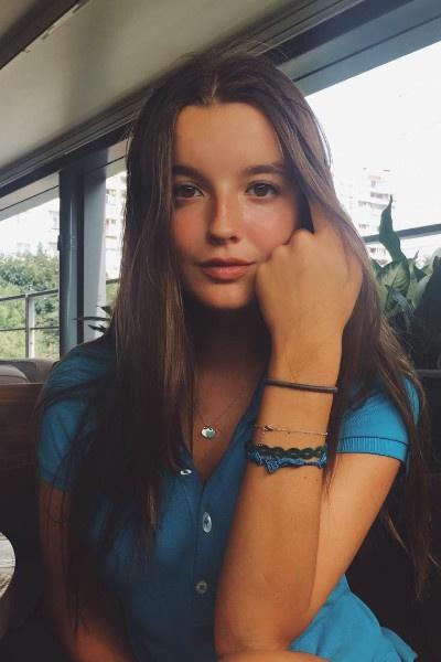 Александра Стриженова стремится быть самостоятельной