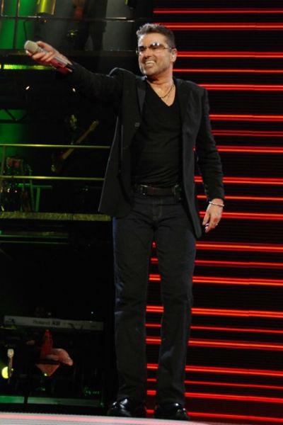 В далеком 2007-м после 15-летнего перерыва Джордж Майкл удивил публику своим шоу «25 live», которое представил в Москве