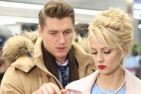 Алексей Воробьев и Полина Максимова уже успели поработать над двумя его клипами