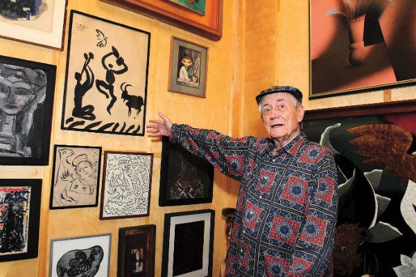 Свою знаменитую коллекцию картин Евгений Александрович подарил стране