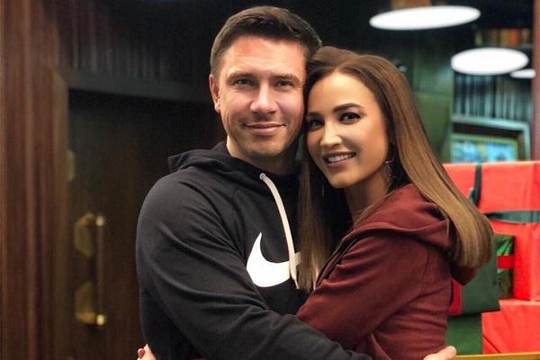 Ольга Бузова и Тимур Батрудинов случайно встретились в кинотеатре