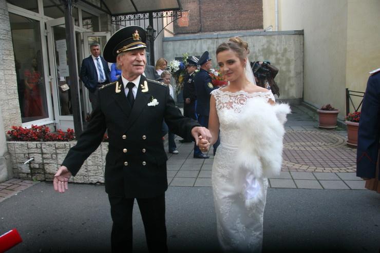 Наталья и Иван Иванович прожили три года, и теперь девушка предостерегает его будущих пассий