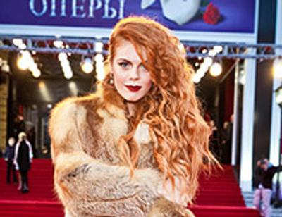 10 звезд с самыми роскошными в России волосами