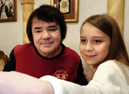 Евгений Осин женится на матери своей внебрачной дочери