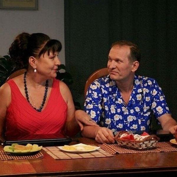 Федор Добронравов и Татьяна Кравченко играют в сериале «Сваты»