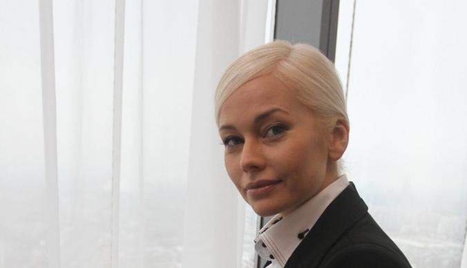 В Сети обсуждают тайное замужество Елены Кориковой