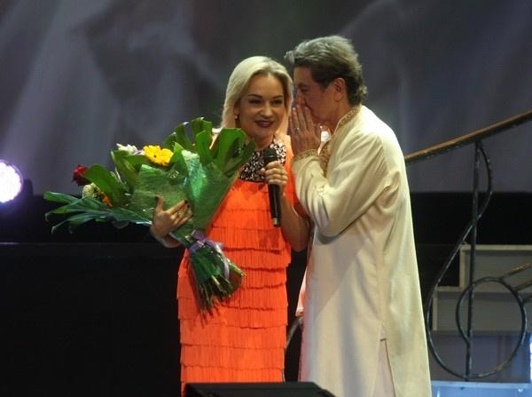 Буланова часто дает концерты по всей стране
