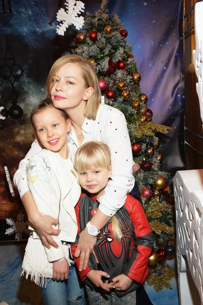 Юлия Пересильд с дочками