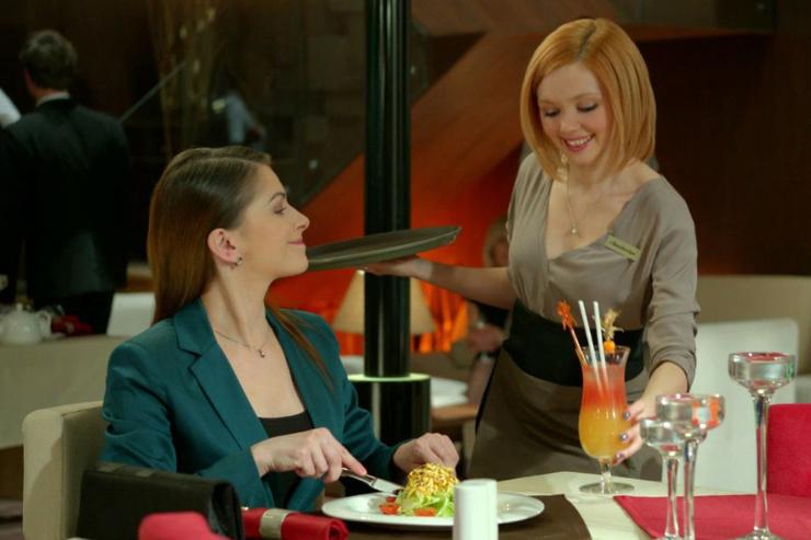 В последний раз зрители увидели Юнникову на экране в сериале «Кухня»