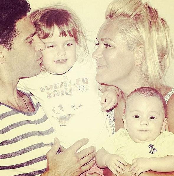 Супруги Макарские хотят родить как минимум еще двоих детей - мальчика и девочку