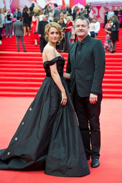 Виктория Исакова счастлива в браке с Юрием Морозом уже семнадцать лет