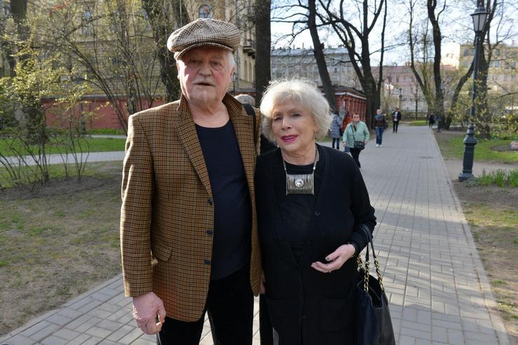 Алла Будницкая и Александр Орлов стали для Дарьи вторыми родителями
