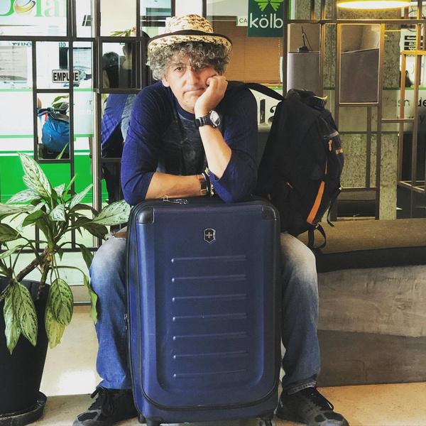 Мужчина рассказывал о путешествии