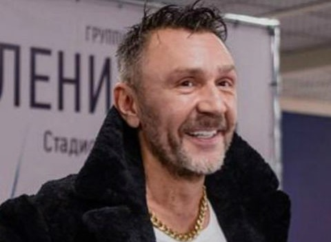 «Я стабильно пьяно и женато»: Сергей Шнуров подтвердил новый брак