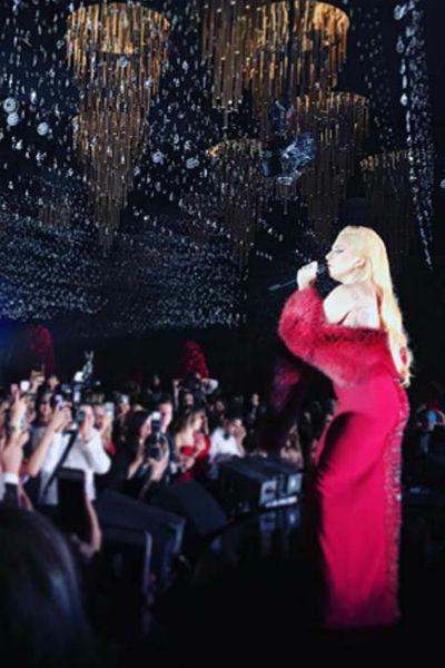 Выступление Леди Гаги вызвало восторг у всех присутствующих