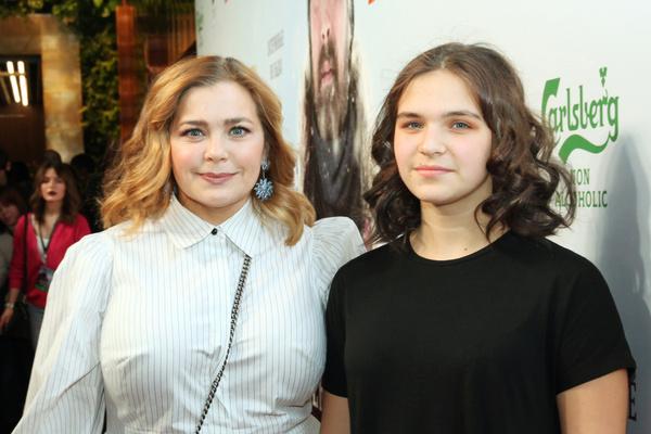 Актриса воспитывает 13-летнюю дочь Татьяну