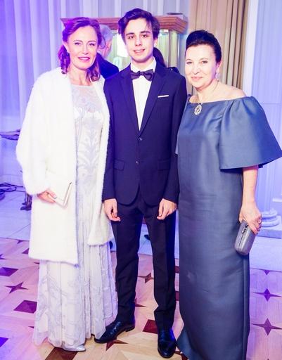 Моника Радикати с сыном Герардо, Марина Добровинская