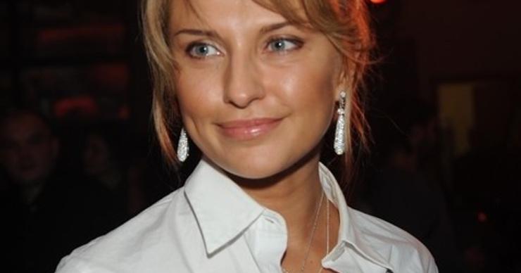 Екатерину Архарову поздравляют с беременностью