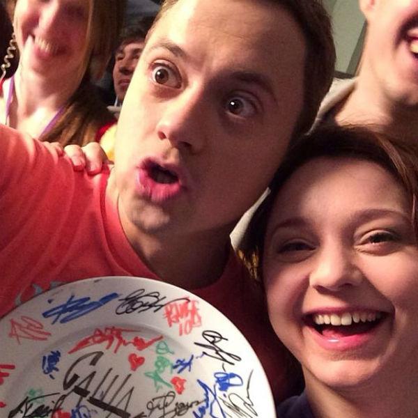 Гайдулян и Рубцова на съемках сериала «СашаТаня»