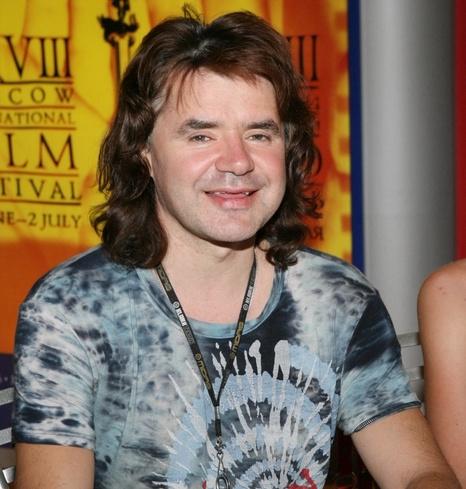 «Спаивала и травила»: Андрей Разин обвинил Наталью Штурм в смерти Евгения Осина