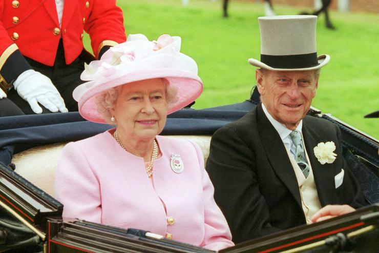 Принц Филипп ушел из жизни в возрасте 99 лет