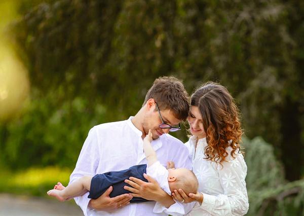 Антон и его жена Анна стали папой и мамой 27 января