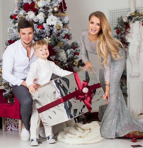Антон и Женя сыграли свадьбу в июне 2012 года, а 23 декабря 2016-го оформили развод