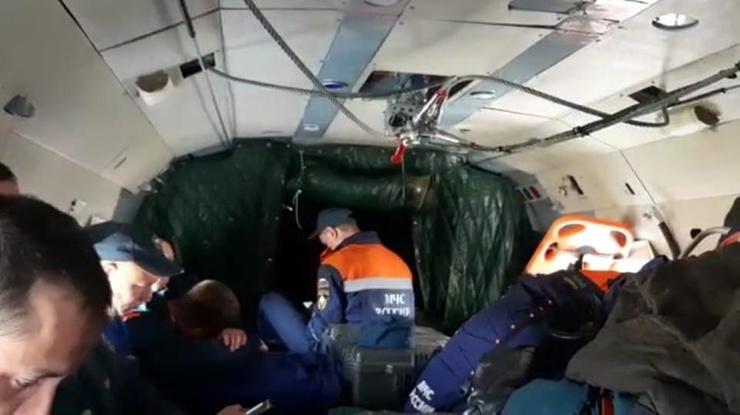 Спасателям предстоит найти тела пассажиров и членов экипажа