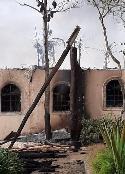 На Занзибаре произошел пожар в отелях с туристами из России. Репортаж с места событий