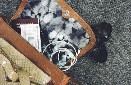 5 вещей,  которые должны быть в каждой женской сумочке