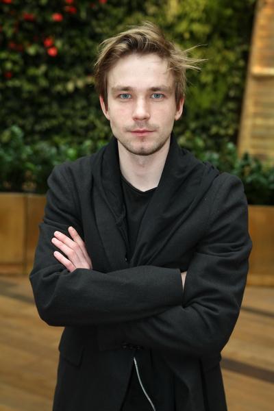 Александр Петров считается одним из самых популярных актеров России